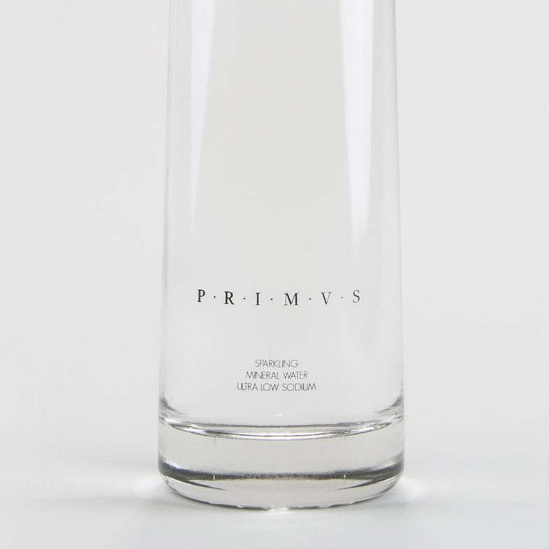 PRIMVS ナチュラルミネラルウォーター(炭酸)750ml / SPRKLING NATURAL MINERAL WATER LOW SODIUM